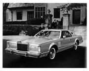 Lincoln Continental Mark V