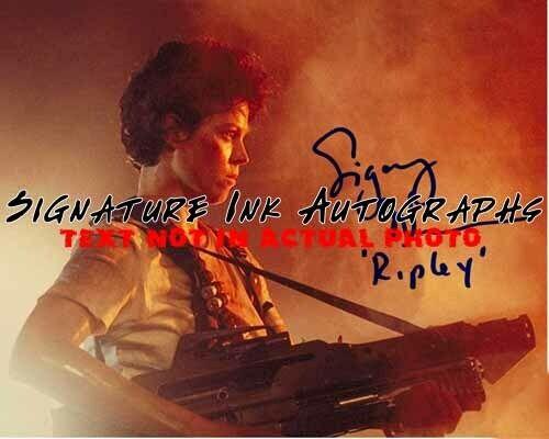 Sigourney Weaver Signed 8x10 Autographed Photo reprint