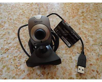 TRUST Communicator Webcam WB-1400T USB 352x288 VGA 30FPS For MSN SKYPE CHAT NEW