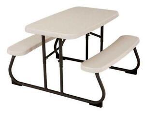 Kid S Folding Picnic Table