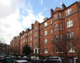 Two bedroom flat to let for 6 months in Barons Court
