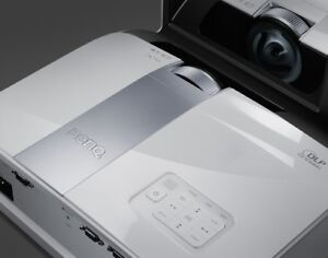 BENQ  SHORT  PROJECTOR 1080p 3D HDMI