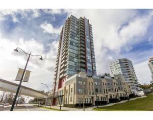 2br - 880ft2 - 2.5 year new  HighRise with great river view