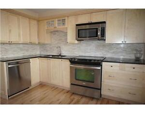Great Location 3 Bedroom Townhouse For Sept. 1