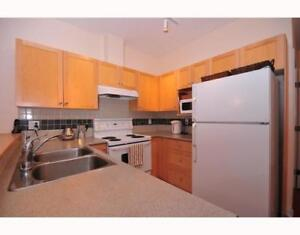 $2600 / 2br - 750ft2 - 2BR, 2WR with Den near Granville/Broadway