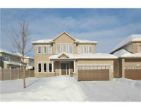 Immaculate Home in Nepean!