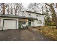 3 Bed Single Home on Incredible 70x120 Lot in Alta Vista!