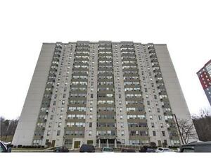 One bedroom condo for rent w/ internet - $1,100+hydro - Mar 1st