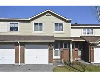 1559 Cheevers Cr in Orleans, beautiful townhouse waiting for you