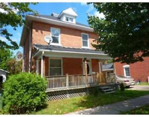 3 Bedroom house for rent, downtown Pembroke
