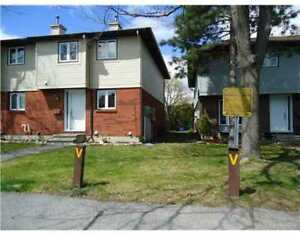 Power Marketing Real Estate: 3 Bed Townhouse for Sale, Orleans