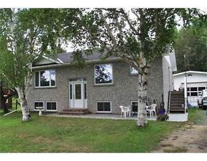 YEAR ROUND GORGEOUS HOUSE ON MIGHTY MADAWASKA!