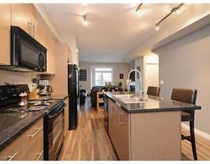 MAPLE RIDGE EXECUTIVE TOWNHOME - Feature Packed!