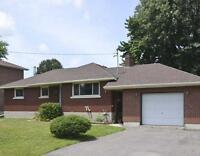 Duplex Close to Algonquin College - Quiet Street, Yard, Garage