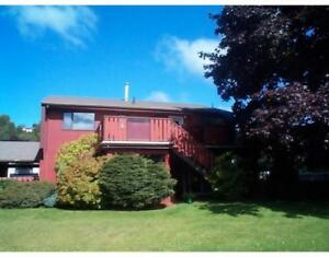 Family home in sought after location - 4921 Labelle