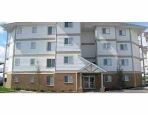 Spacious 2 Bed / 2 Bath Appartment! #402, 9930 100 Ave Fort Sask