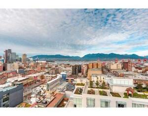 Modern 2BR 2BR sub-penthouse with beautiful view