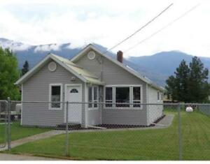 842 2ND AVENUE McBride, British Columbia