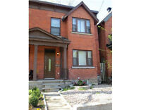 Executive Townhome for Rent in the heart of the Glebe/Village