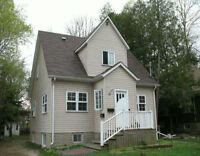 Great investment in waterloo!! $4500 per month potential income.
