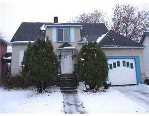 Prince Albert st Centrally located Single house -3bdr- Overbrook