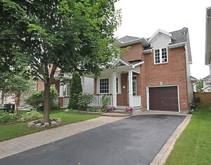 Rent in Kanata Available in December-4 bed room single house