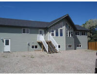 LOWERED by $75000 3/4 acre run a business from home! Claresholm