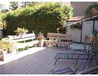 **Great price**Large 3 bedroom with roof terrace