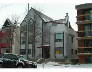 Condo close to Downtown and LRT