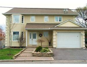 All Inclusive and gorgeous 5 bedroom home - close to downtown