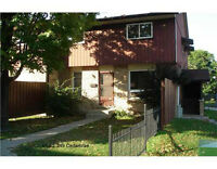 **STUDENT RENTALS: End-unit Townhouse Close to Universities