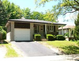 Winter 2017 All Inclusive Sublet - 7 Mulberry Lane Kitchener / Waterloo Kitchener Area image 1
