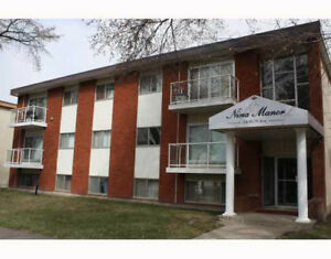 RENOVATED 2 BDRM CONDO WITH IN-SUITE LAUNDRY IN QUEEN ALEXANDRA