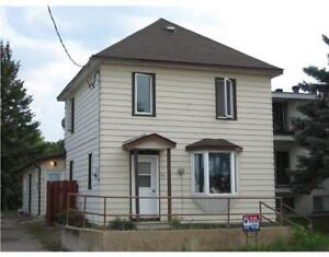 Three Bedroom House for Rent in Pembroke