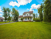 Moving to Ottawa? Updated home on a large lot for sale!
