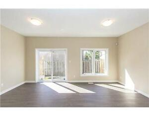 ████ Upper Rooms New Townhouse Downtown Direct University ████ Kitchener / Waterloo Kitchener Area image 2