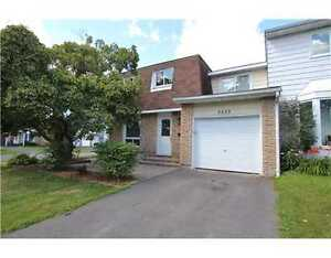 Magnificent freehold townhouse in Blackburn Hamlet