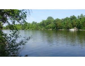 PREMIUM WATERFRONT LOT in WINDING WAY! FRONTING ON RIDEAU RIVER!