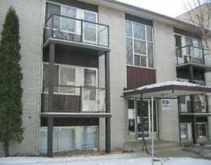 one bedroom Close to Whyte Ave and the University Area