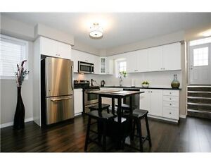 ATTENTION INVESTORS - IMPECCABLE 1 BEDROOM IN UNIVERSITY VILLAGE Kitchener / Waterloo Kitchener Area image 4