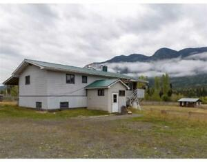 6034 E 16 HIGHWAY Hazelton, British Columbia