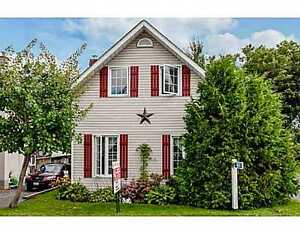 Home for sale in Clarence Creek(Rockland) $179,900 MUST BE SEEN!
