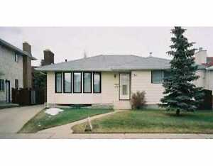 Beautiful 4 BDRM House For Rent - Beaumaris Lake Area