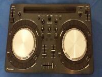 Pioneer DDJ-WeGO3 compact DJ controller