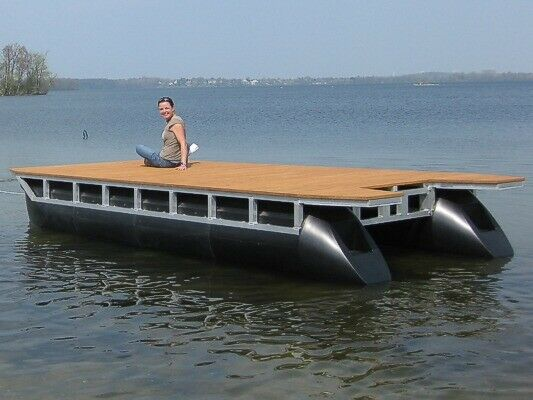 Wide-beam houseboat platform 38ft x 12ft