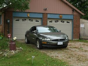 1996 Buick Riviera Coupe (2 door)