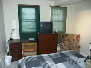 3 Student rooms available
