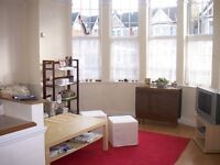 1 bedroom flat in Fox Lane, Palmers Green