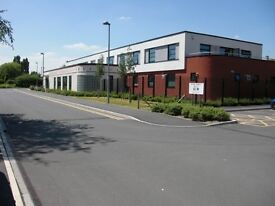 High quality clinic / office / therapy / meeting rooms available to rent at a modern GP practice