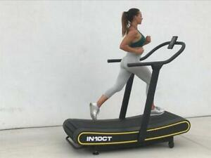 COMMERCIAL NON MOTORIZED TREADMILL IN10CT